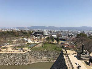 郡山城天守台展望施設から奈良市内方面を望む